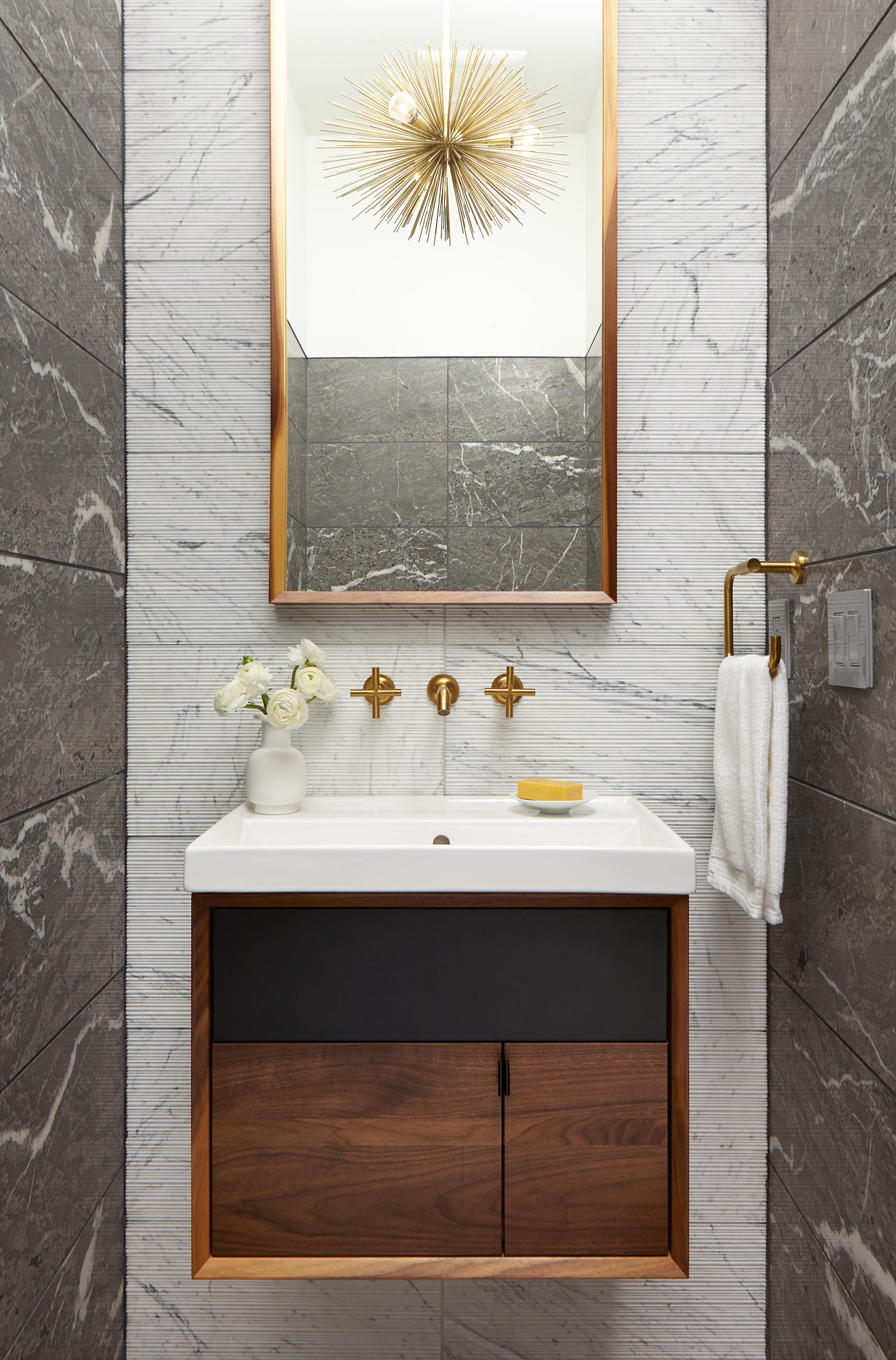 DStrand_GV_bathroom_01