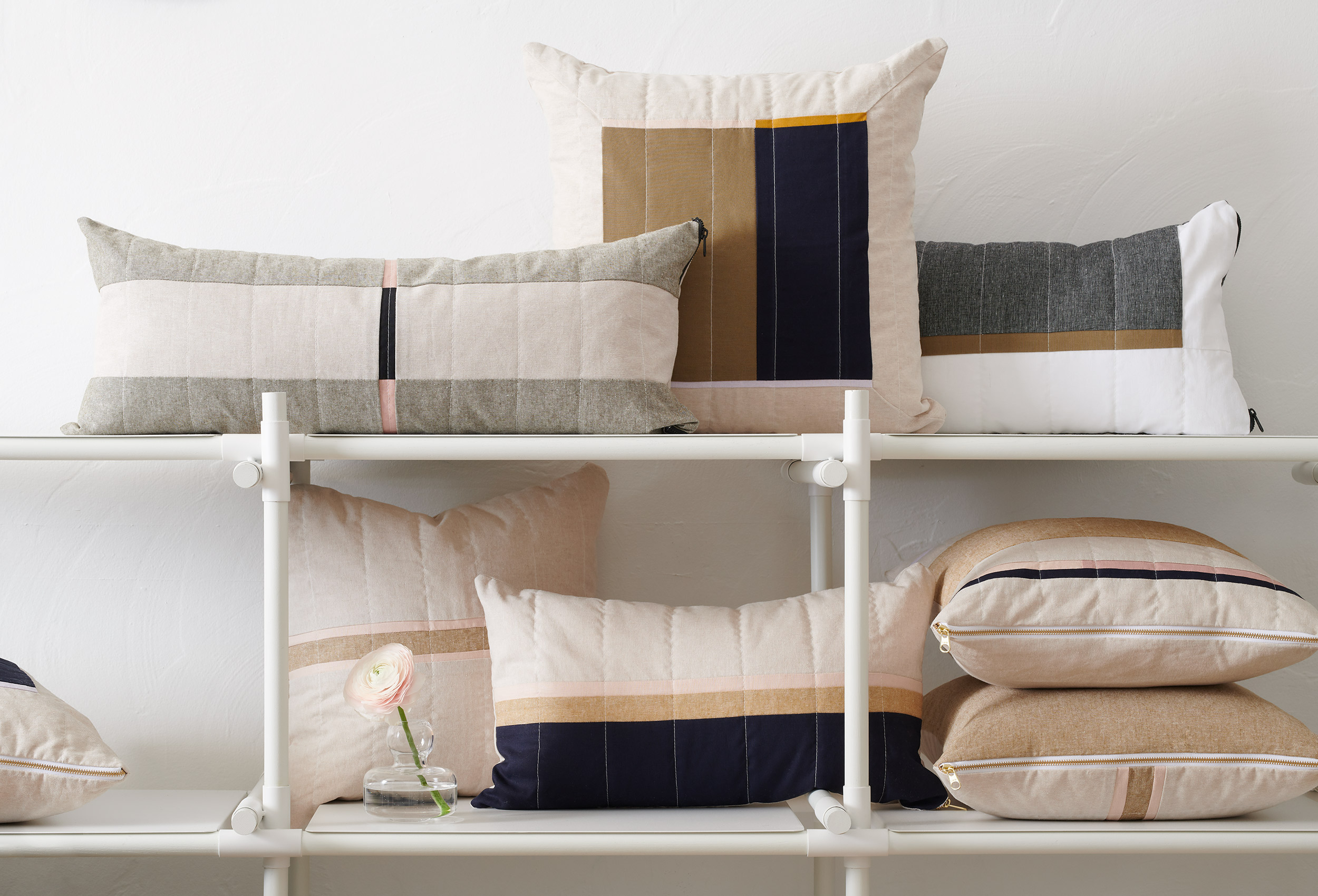 LouisGray_ThrowPillows_Shelf_large